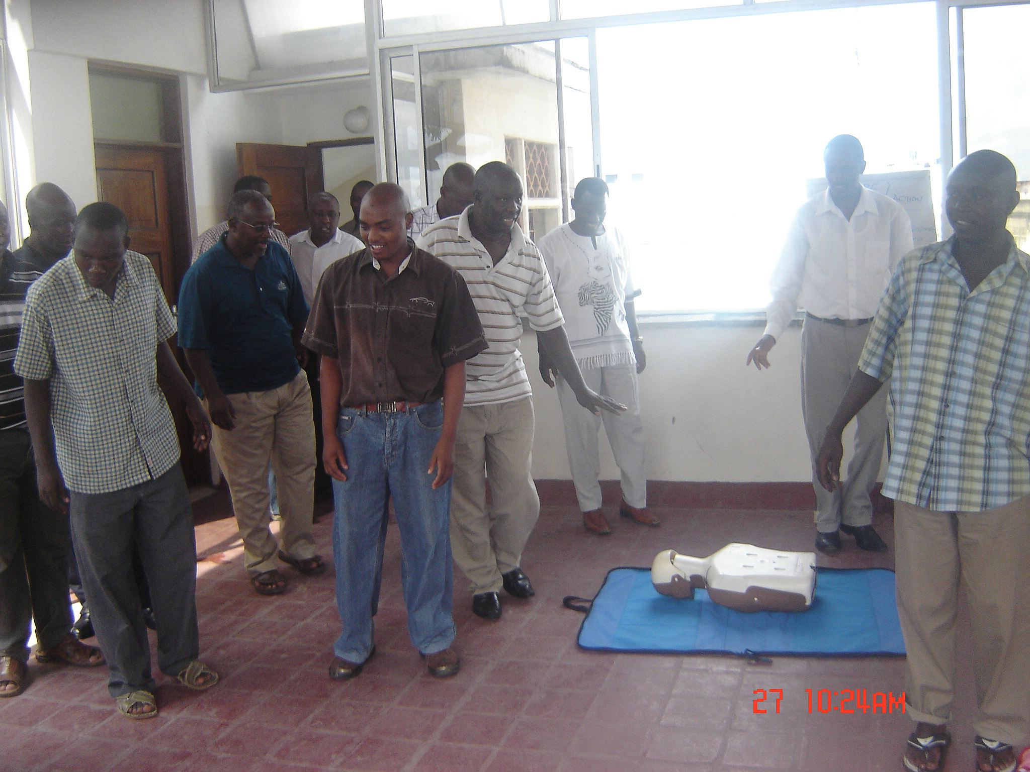 comp_kato-first-aid-2010-093