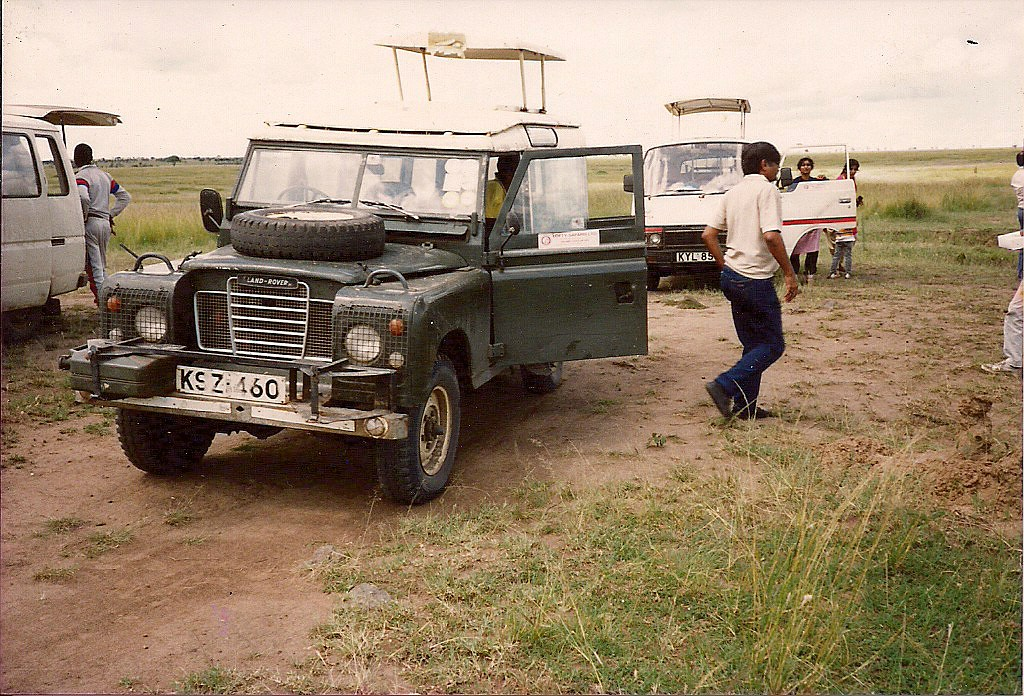 comp_masai-mara-fig-tree-camp-may-1989-www-lofty-tours-com0021