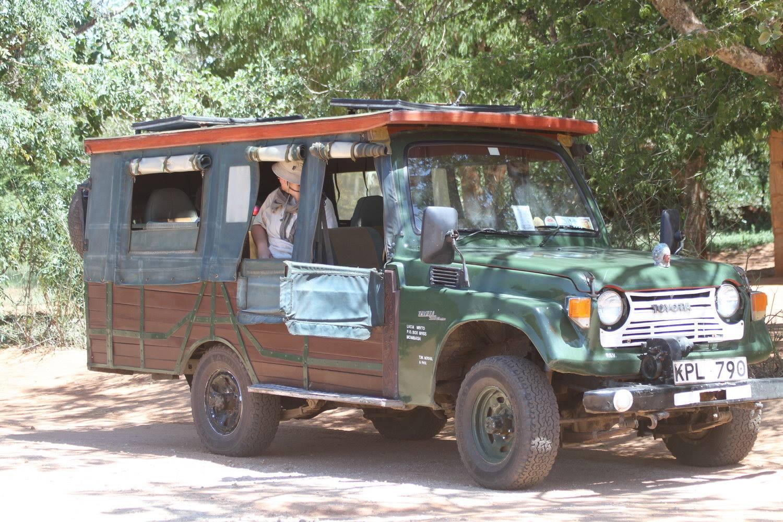 Holzauto Tsavo karl