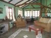 rekero-topi-house-sitting-room