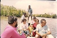 comp_robinson-island-shamshu-family-19910002