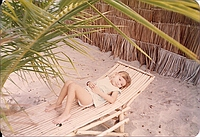 comp_robinson-island-shamshu-family-19910015