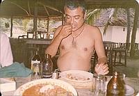 comp_robinson-island-shamshu-family-19910026