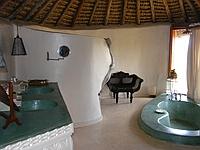 comp_sultans-main-bathroom